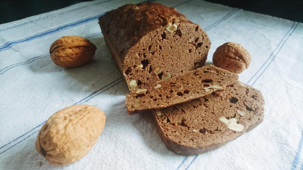 pain aux noix.jpg