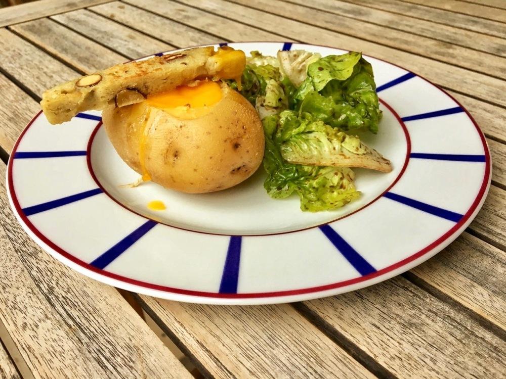 pommes de terre oeuf à la coque.jpg