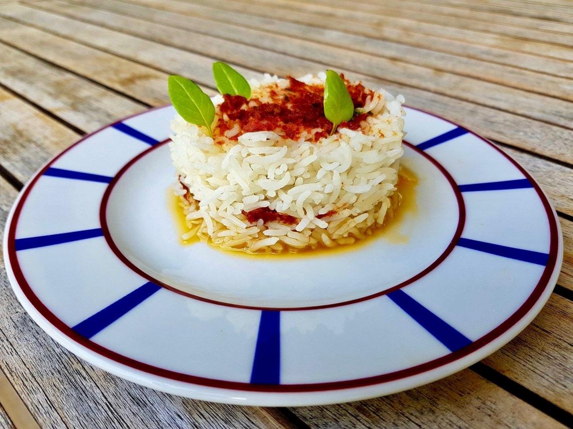 riz sauce basilic, tomates séchées, huile d'olive. point. ( possibilité de rajouter des pignons) .jpg